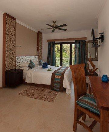 Villa (400 m²)