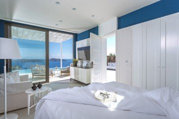 Massage Suite with Private Heated Pool (60-75 m²)
