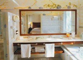 Deluxe Senior Suite (60-75 m²)