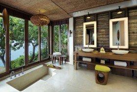 Ocean Front Pool Villa Suite (300 m²)