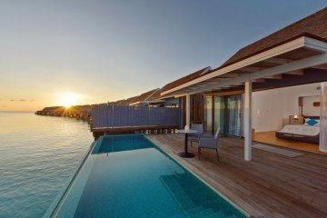 Thundi Water Villa with Pool