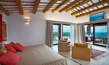President Razzoli Sea View (85 m² + 25 m² veranda) – Hotel Licciola