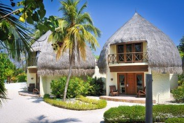 Jacuzzi Beach Villas (109 m2)