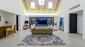 Two Bedroom Beach Pool Villa (530 m²)