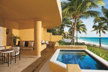Ocean Front Master Suite Two Bedroom with Plunge Pool (170 m²)