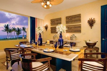 Ocean Front Two Bedroom Presidential Suite (279 m²)