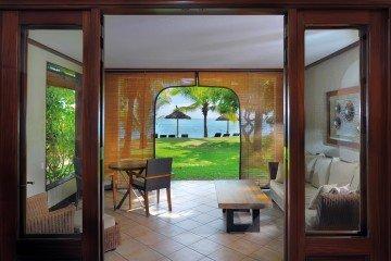 Ocean Beachfront Room (50 m²)