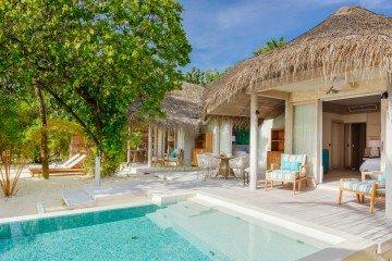 Retreat Beach Pool Villa (152 m²)