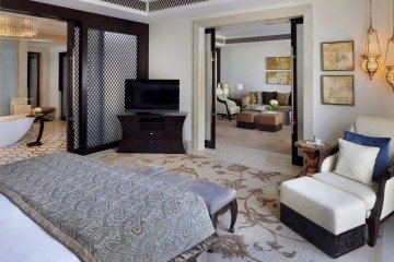 Palm Beach Executive Suite (130 m2)