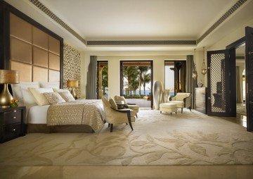 Beachfront Villa (325 m2 + bazén o 30 m2)