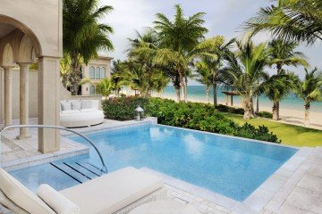 Palm Beach Executive Suite with Pool (130 m2 – bazén o 20 m2)
