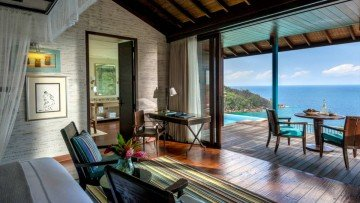 Hilltop OceanView Suite