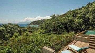 Garden-View Villa