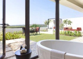 One Bedroom Lagoon View Villa