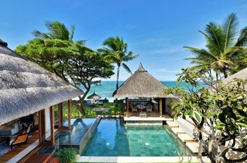Pool Villas (2 bedrooms beachfront) */