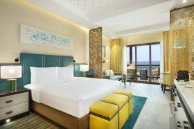 King Guest Room with sea view and balcony