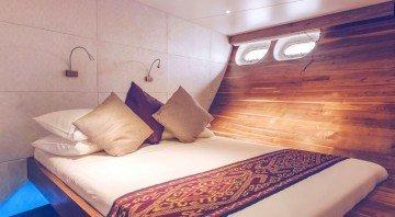 Cowrie suite