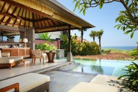 One Bedroom Ocean Pool Villa