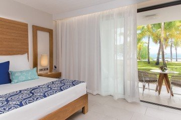 Ocean Beachfront Room - Family *