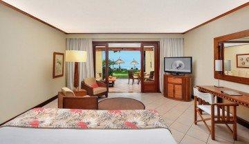 Tropical Beachfront Room - Family *
