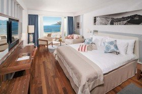 V Level premium double room