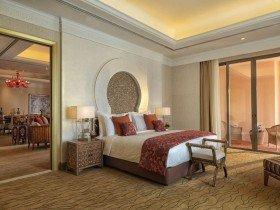 Grand Deluxe Suites