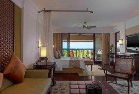 St. Regis Ocean View Suite (92m2, 2 osoby)