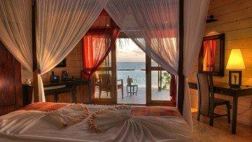 Premium Jacuzzi Beach Villa