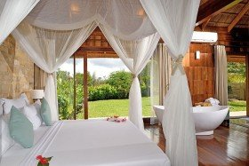 Royal Villa With Jacuzzi