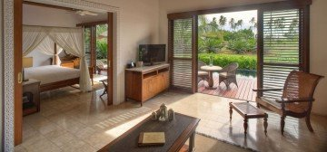 Luxury Ocean Front Pool Villas