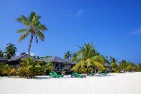 Sangu Jacuzzi Beach Villa