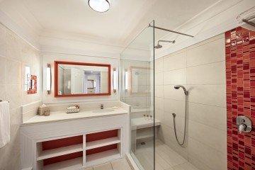 Deluxe Sea-Facing Rooms