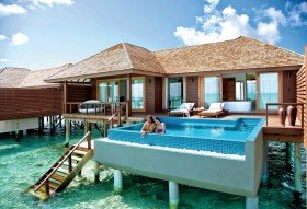 Deluxe Water Villa with Pool (190 m², 50 vil)