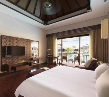 Premier Lagoon View Room