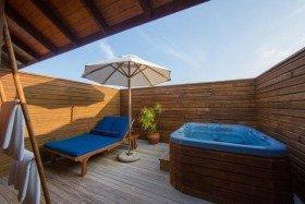 Jacuzzi Water Villa (85 m2)