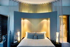 Cool Corner Suite (King/Sea)