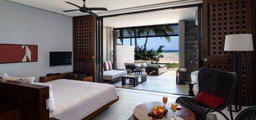 Beachfront View Room