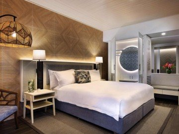 Luxury Room – 1 King Size Bed