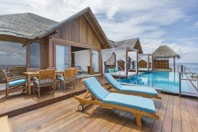 Water Suite with Pool (2 bedrooms) /*