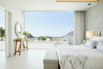 Deluxe One Bedroom Bungalow Suite