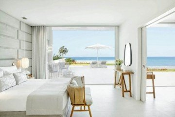 Deluxe Two Bedroom Bungalow Suite Beachfront