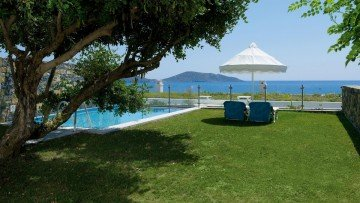 Villa (two or three bedrooms) with Private Pool
