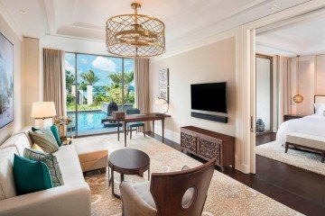 St. Regis Pool Suite