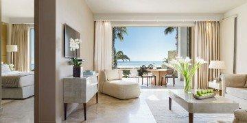 Deluxe Suite Beach Front