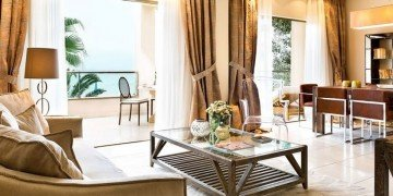 Deluxe Family Suite Beach Front