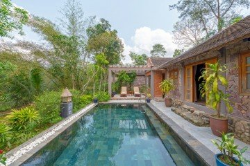 Traditional Vietnamese Pool House