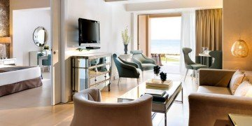 One Bedroom Family Suite Beach Front