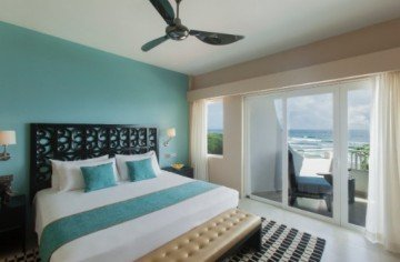 Junior Suite Sea View King Bed