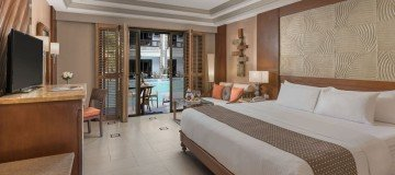 East Premier Rooms with Direct Pool Access