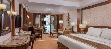 East Junior Suites with Direct Pool Access
